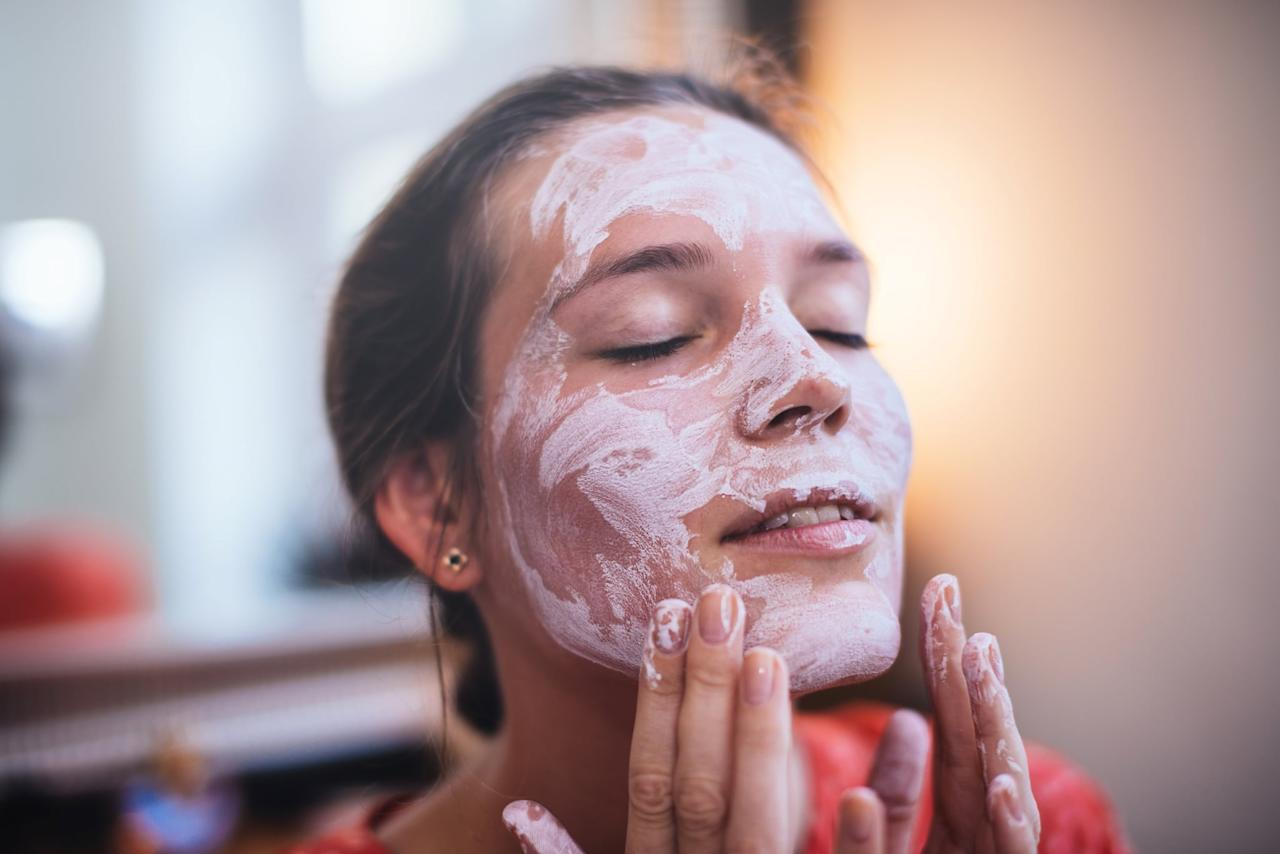 """<p>During the Winter months, Liverman suggests you follow <a href=""""https://www.popsugar.com/beauty/Best-Face-Masks-Your-Skin-Type-25997880"""" class=""""ga-track"""" data-ga-category=""""Related"""" data-ga-label=""""https://www.popsugar.com/beauty/Best-Face-Masks-Your-Skin-Type-25997880"""" data-ga-action=""""In-Line Links"""">your exfoliating mask</a> with <a href=""""https://www.popsugar.com/beauty/Best-Hydrating-Masks-Sephora-46459197"""" class=""""ga-track"""" data-ga-category=""""Related"""" data-ga-label=""""https://www.popsugar.com/beauty/Best-Hydrating-Masks-Sephora-46459197"""" data-ga-action=""""In-Line Links"""">a hydrating mask</a> to ensure your freshly exfoliated skin gets the adequate moisture it needs to look glowing. (Just make sure it doesn't also have other exfoliating properties to avoid irritation.)</p>"""