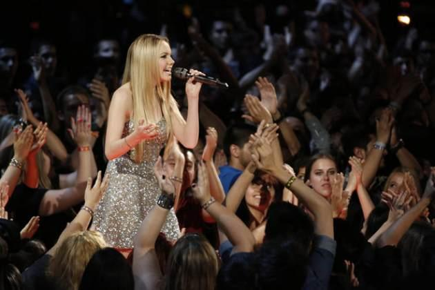 Danielle Bradbery performs on 'The Voice' final, June 17, 2013 -- NBC
