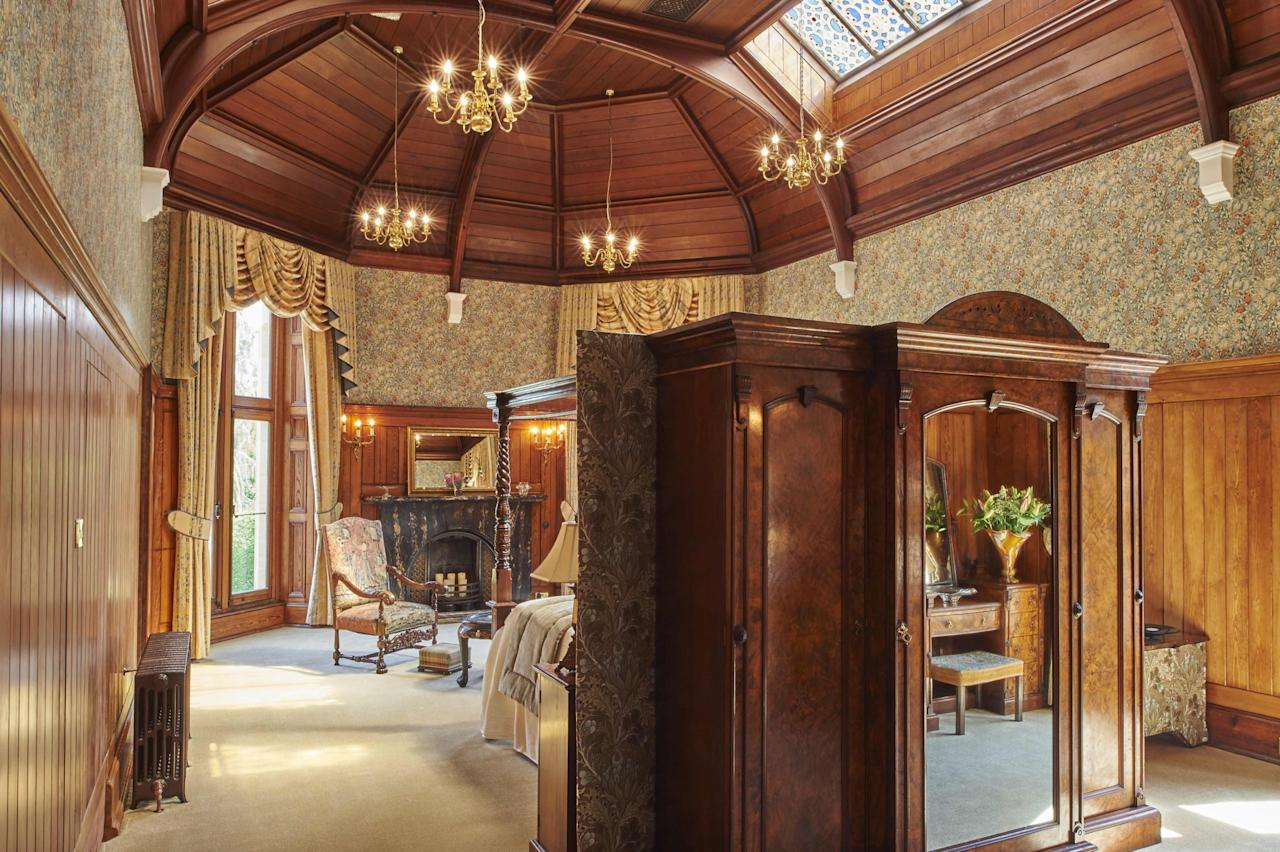 """<p><span>Right on the edge of the Snowdonia National Park, this luxury hotel has played host to Queen Victoria and Winston Churchill. And it's a right Royal welcome that you'll get if you book one of its Superior Suites, which cost from </span><b>£590</b><span>. That will buy you one night in the <a rel=""""nofollow"""" href=""""http://www.palehall.co.uk/churchill-room/"""">Churchill Suite </a>with its magnificent vaulted ceiling, stained glass roof lights and wood panelled walls. A secret door leads to the marble-lined bathroom where you can unwind in a copper and zinc bath. [Photo: Palé Hall]</span> </p>"""
