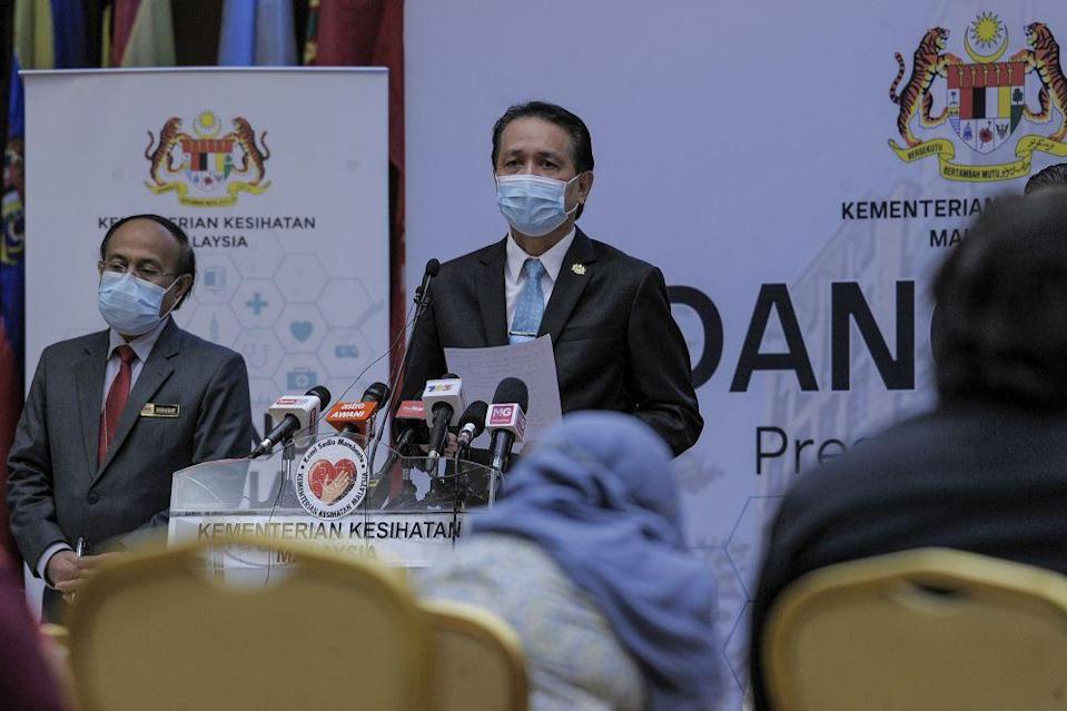 Health Director-General Tan Sri Dr Noor Hisham Abdullah said this leaves the number of active cases still being treated at 22,562.  — Picture by Shafwan Zaidon