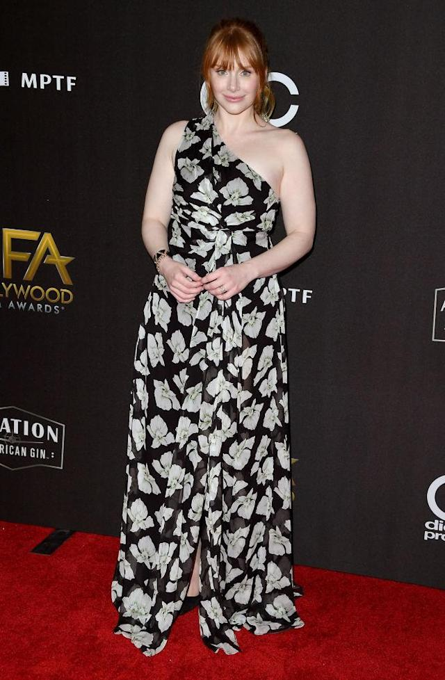 <p>The actress presented the Hollywood Director Award, wearing a floral one-shoulder dress by Cinq à Sept. (Photo: Getty Images) </p>