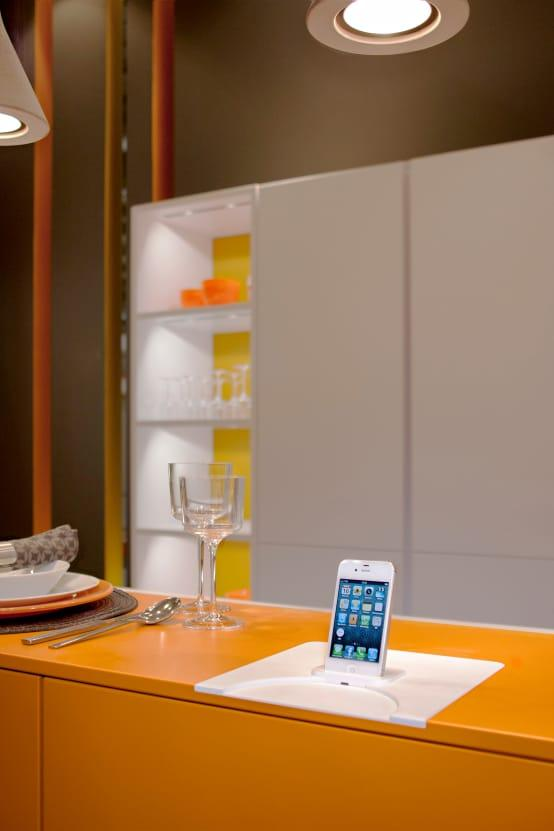 <p>Technology is becoming bigger and bigger in the cooking space; thus, expect even more high-tech functionality for next year's kitchens in terms of countertops charging electronic devices, controlling lighting via your smartphone, etc.</p>  Credits: homify / LEICHT Küchen AG
