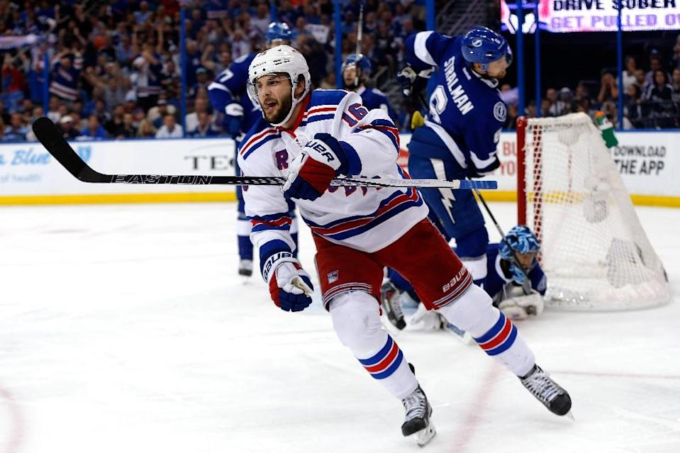 Derick Brassard of the New York Rangers celebrates after scoring a goal against the Tampa Bay Lightning during Game Six of their NHL Eastern Conference finals, at Amalie Arena in Tampa, Florida, on May 26, 2015 (AFP Photo/Mike Carlson)