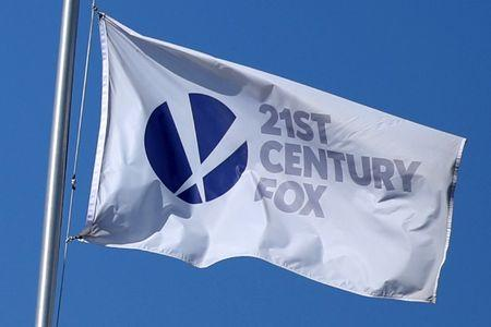 Murdoch's Fox looking to buy 10 Sinclair TV stations, report says