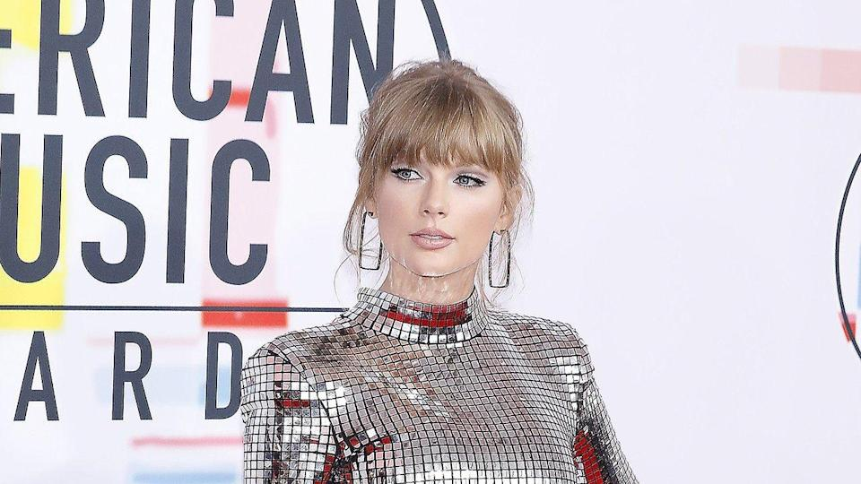 Taylor Swift is getting psyched about her role in 'Cats.'