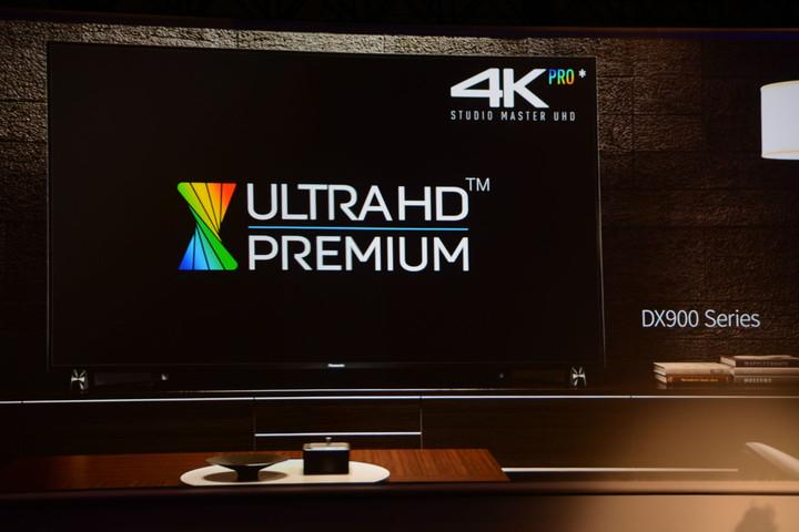 Panasonic DX900 4K LUltra HD LED TV