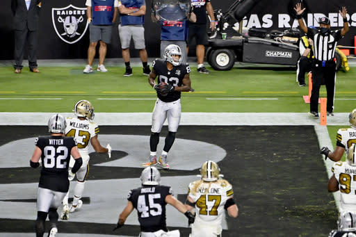 AP source: 10 Raiders players fined for COVID-19 violations