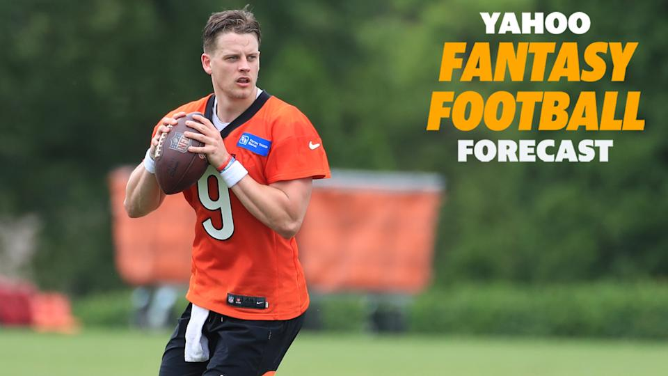 Cincinnati Bengals QB Joe Burrow tapes reps during OTAs in the lead-up to his sophomore season. (Photo by Ian Johnson/Icon Sportswire via Getty Images)