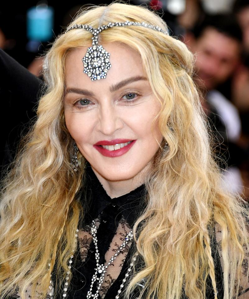 Madonnas Daughter Lourdes Looks Just Like Her In This Stunning Shot