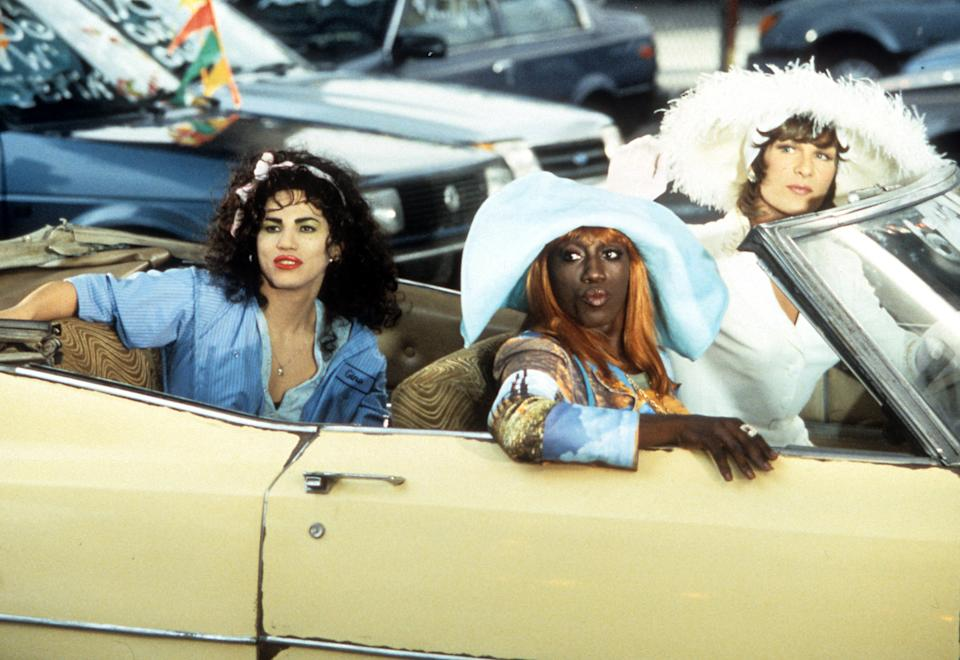 John Leguizamo, Wesley Snipes and Patrick Swayze in a car in a scene from the film 'To Wong Foo Thanks for Everything, Julie Newmar', 1995. (Photo by Universal/Getty Images)