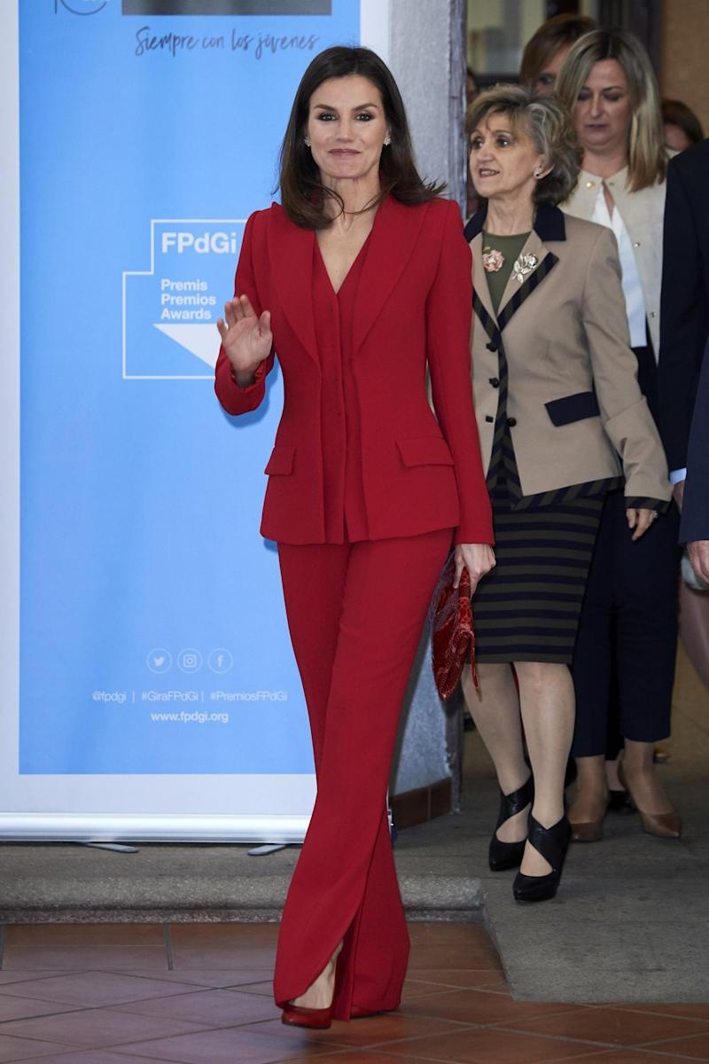A scarlet suit from Spanish designer Roberto Torretta (Getty Images)