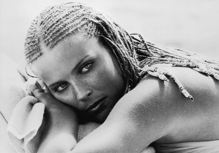 circa 1979:  Actress Bo Derek, star of the comedy film '10'.  (Photo by Alan Band/Keystone/Getty Images)