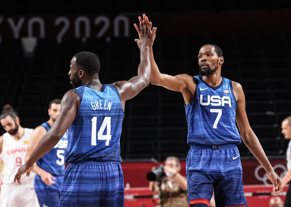 Kevin Durant (7) and teammate Draymond Green will be trying to help Team USA reach the gold medal game. (Photo by Elif Ozturk Ozgoncu/Anadolu Agency via Getty Images)