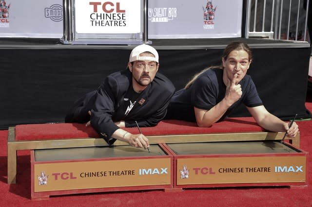 Kevin Smith and Jason Mewes Hand and Footprint Ceremony