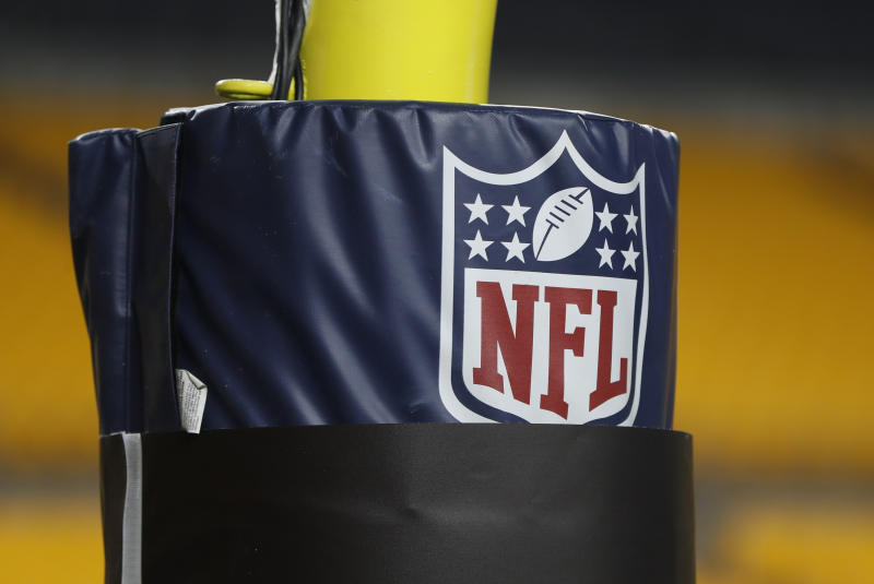 "NFL players will reportedly have the option to top out if they have ""general concerns"" about playing amid the COVID-19 pandemic. (AP Photo/Keith Srakocic, File)"