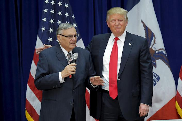 Donald Trump with former Maricopa County sheriff Joe Arpaio, left, in January 2016, when he endorsed the then-GOP presidential candidate. (Photo: Brian Snyder / Reuters)