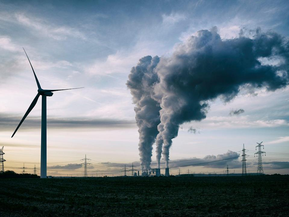 Carbon capture and renewable energy could turn UK's emissions negative by 2033, says National GridGetty