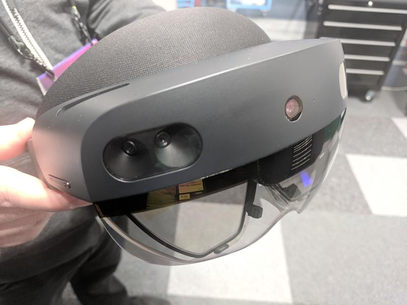 The HoloLens 2 has a larger viewing area than the original headset. (image: Rob Pegoraro)