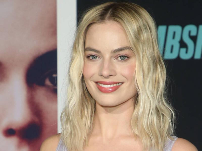 Margot Robbie struggles with 'imposter syndrome'