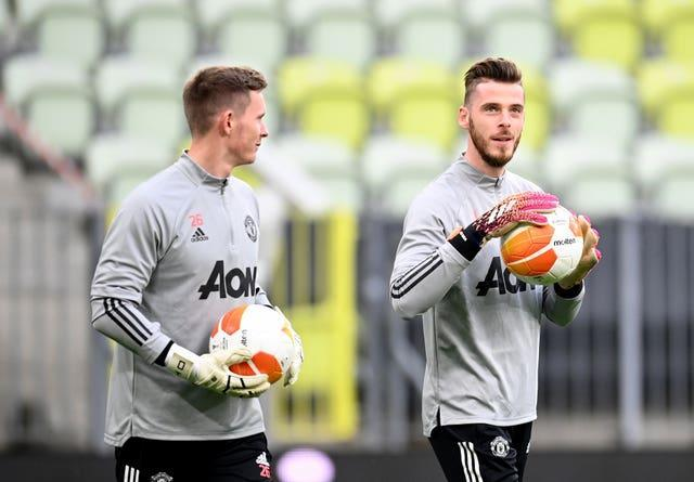 Dean Henderson is competing for a starting spot with David De Gea at Manchester United