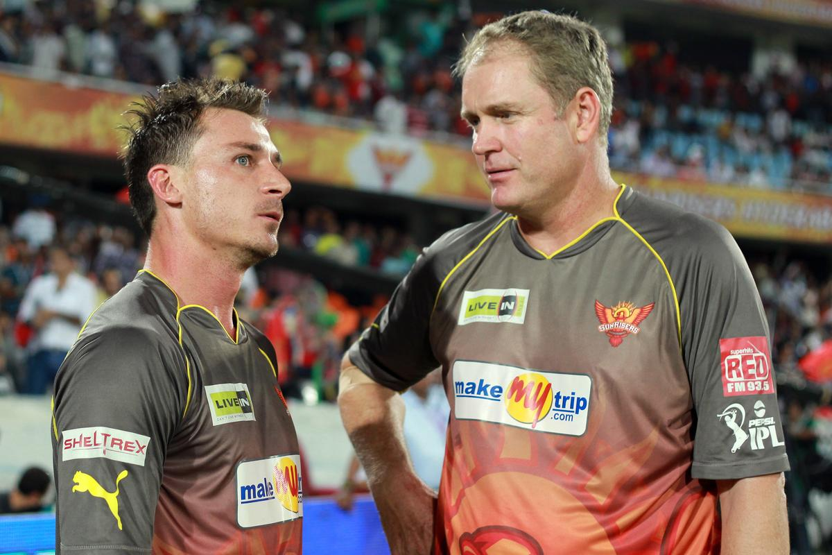 Dale Steyn and Tom Moody discussing tactics for the super over during match 7 of the Pepsi Indian Premier League between The Sunrisers Hyderabad and Royal Challengers Bangalore held at the Rajiv Gandhi International Stadium, Hyderabad on the 7th April 2013. Photo by Jacques Rossouw - SPORTZPICS - IPL ..Use of this image is subject to the terms and conditions as outlined by the BCCI. These terms can be found by following this link:..https://ec.yimg.com/ec?url=http%3a%2f%2fwww.sportzpics.co.za%2fimage%2fI0000SoRagM2cIEc&t=1498567597&sig=cXOBJRNruzV0ckItLU2Ilg--~C