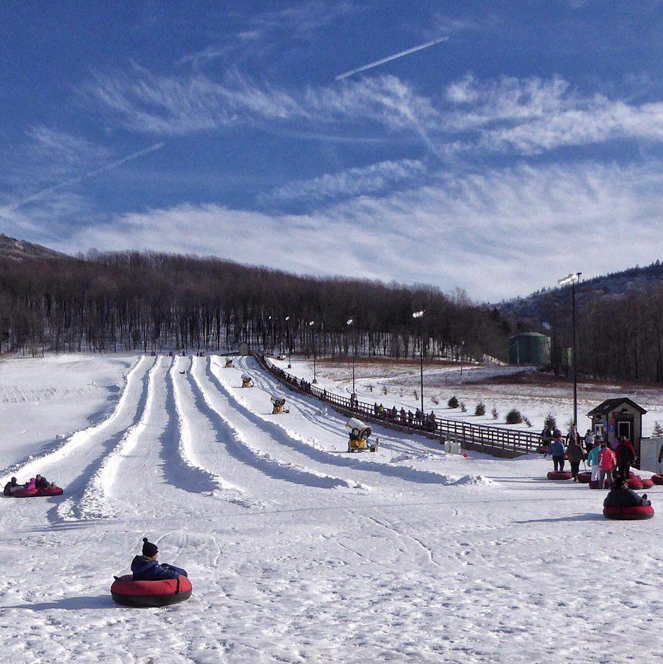 "<p><strong><a href=""https://www.yelp.com/biz/canaan-valley-resort-state-park-davis-3"" rel=""nofollow noopener"" target=""_blank"" data-ylk=""slk:Canaan Valley Resort State Park"" class=""link rapid-noclick-resp"">Canaan Valley Resort State Park</a> in Davis </strong></p><p>""Had a lovely time at the resort. The lodge is nice and roomy. Staff is friendly through out. The skiing is good, and the slope side bar, Quenchers, is fantastic-- great beer selection and tasty chili for reasonable prices. Deducted one star for the limited dining options in the lodge, but roils definitely come back."" - Yelp user <a href=""https://www.yelp.com/user_details?userid=KYCMTCp9ezfnraKKcoq33g"" rel=""nofollow noopener"" target=""_blank"" data-ylk=""slk:Alison S."" class=""link rapid-noclick-resp"">Alison S. </a></p><p>Photo: Yelp/<a href=""https://www.yelp.com/user_details?userid=zy34rr5ZPJvpid8XHWskow"" rel=""nofollow noopener"" target=""_blank"" data-ylk=""slk:Huseyin Y."" class=""link rapid-noclick-resp"">Huseyin Y.</a></p>"