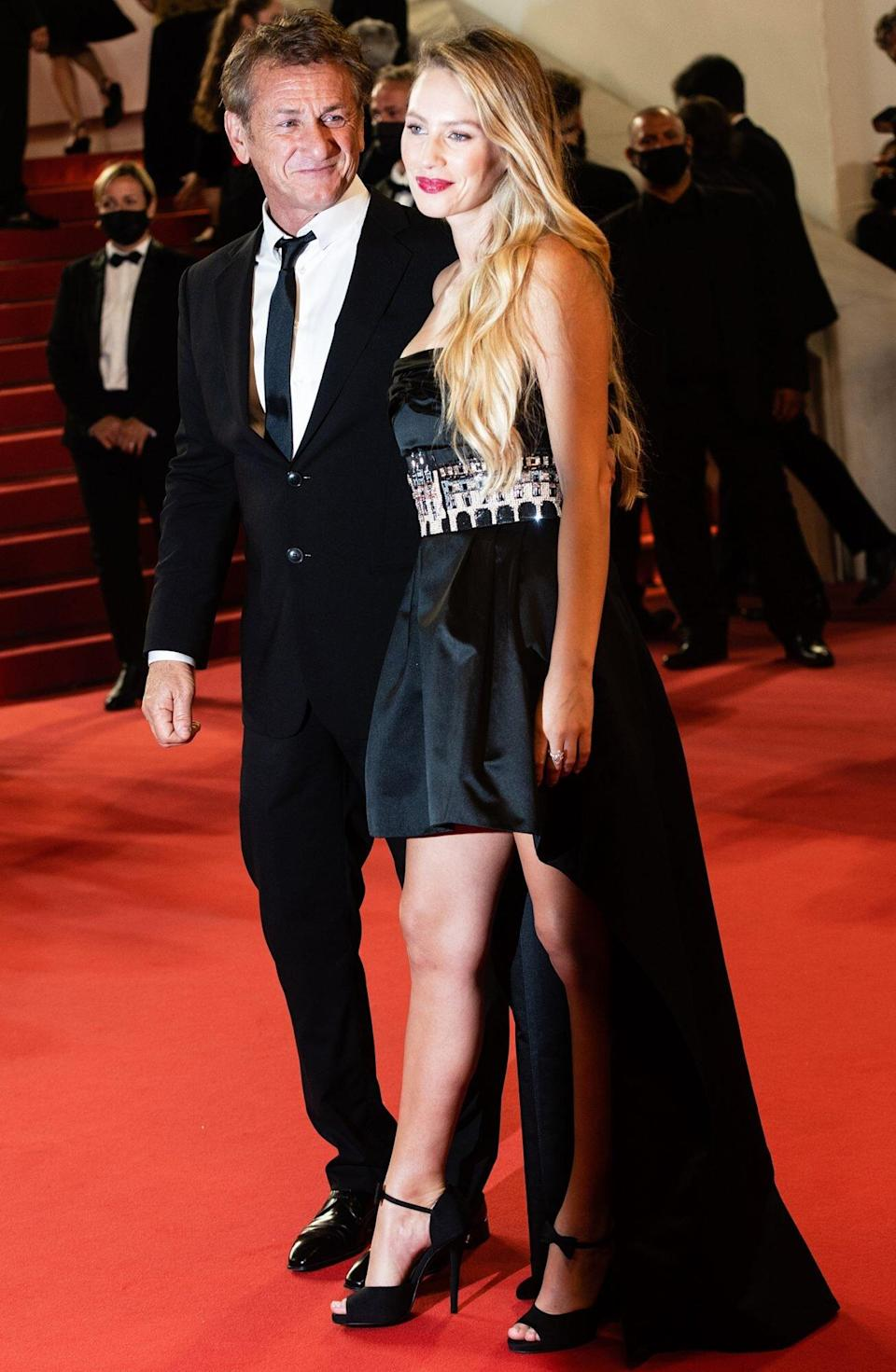 """Sean Penn and Dylan Frances Penn attend the """"Flag Day"""" photocall during the 74th annual Cannes Film Festival on July 11, 2021 in Cannes, France."""