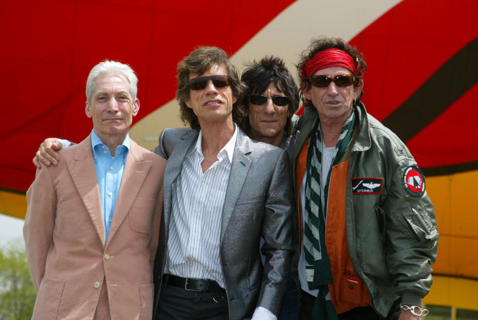 The Rolling Stones arrive by blimp to announce their 40th Anniversary 2002/2003 World Tour at Van Cortlandt Park in the Bronx, New York City. Pictured L-R: Charlie Watts, Mick Jagger, Ronnie Wood and Keith Richards.  May 7, 2002.  Photo: Evan Agostini/Ima