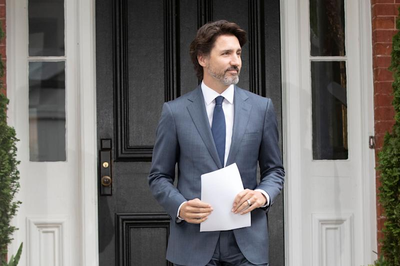 Canadian Prime Minister Justin Trudeau arrives for his daily coronavirus, COVID-19 briefing at Rideau Cottage in Ottawa on June 25, 2020.  (Photo: LARS HAGBERG via Getty Images)