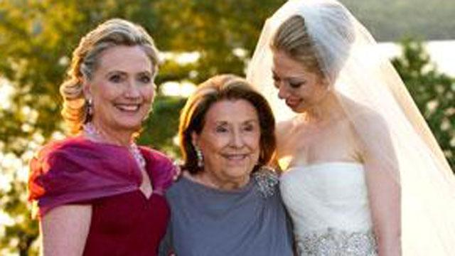 Hillary Clinton's Mother Dorothy Rodham Falls Ill (ABC News)
