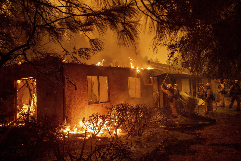 California wildfire claims 5 lives and quadruples in size