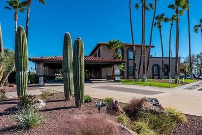 Voyager RV Resort in Tucson, AZ has been named the 2021 Arizona Association of RV Parks & Campgrounds (Arizona ARVC) Mega Park of the Year. This is Voyager RV's third time celebrating the honor, previously claiming the award in 2014 and 2019, and marks the seventh season overall an Encore RV resort has been presented with the prestigious honor by Arizona ARVC.