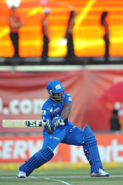 JOHANNESBURG, SOUTH AFRICA - OCTOBER 14:  Dwayne Smith of Mumbai about to cut a scot during the Karbonn Smart CLT20 match between bizhub Highveld Lions and Mumbai Indians at Bidvest Wanderers Stadium on October 14, 2012 in Johannesburg, South Africa. (Photo by Duif du Toit / Gallo Images/Getty Images)