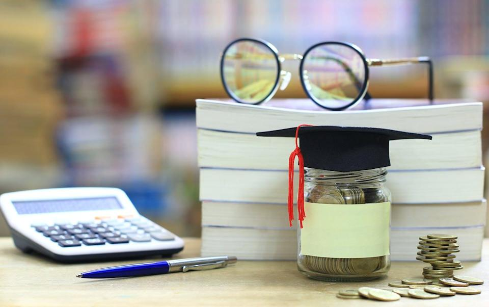 """<span class=""""caption"""">How quickly people recover financially from the COVID-19 crisis,or lose the gains they made, may depend on their level of financial literacy.</span> <span class=""""attribution""""><span class=""""source"""">(Shutterstock)</span></span>"""