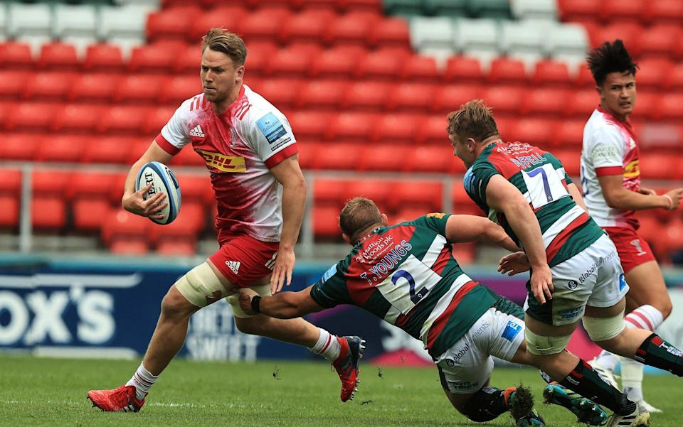 Alex Dombrandt of Harlequins charges upfield during the Gallagher Premiership Rugby match between Leicester Tigers and Harlequins at Welford Road on May 15, 2021 in Leicester, England. - GETTY IMAGES