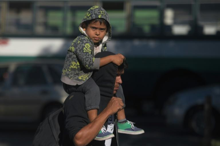 On average 300 to 400 people leave El Salvador every day, with caravans proving hugely tempting, in particular for those who cannot afford to pay the sums demanded by people smugglers