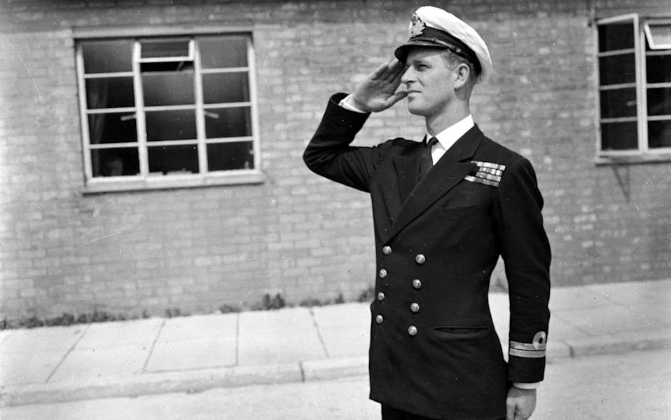 Lieutenant Philip Mountbatten resumes his attendance at the Royal Naval Officers' School at Kingsmoor in Hawthorn, Wiltshire. - Hulton Royals Collection