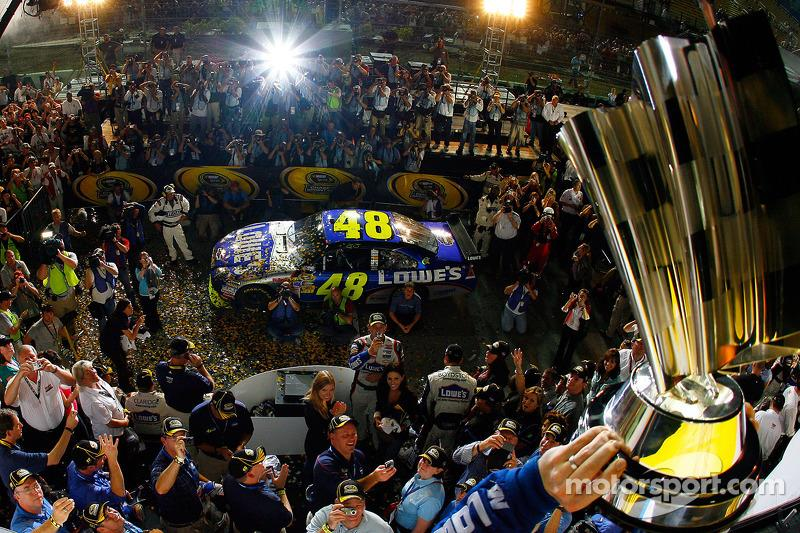 """2009 - Champion over Mark Martin by 141pts<span class=""""copyright"""">Getty Images</span>"""