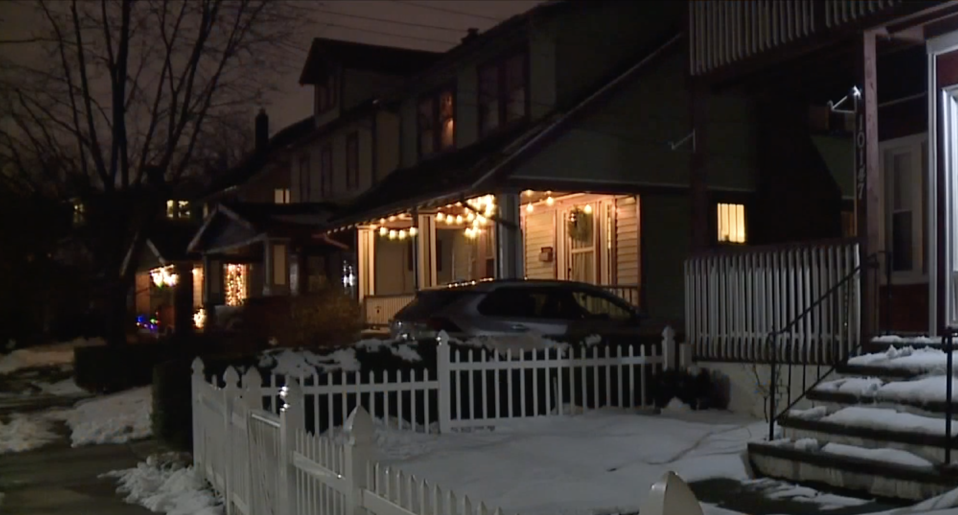 Amanda Zupancic's house at night time after the robbery.