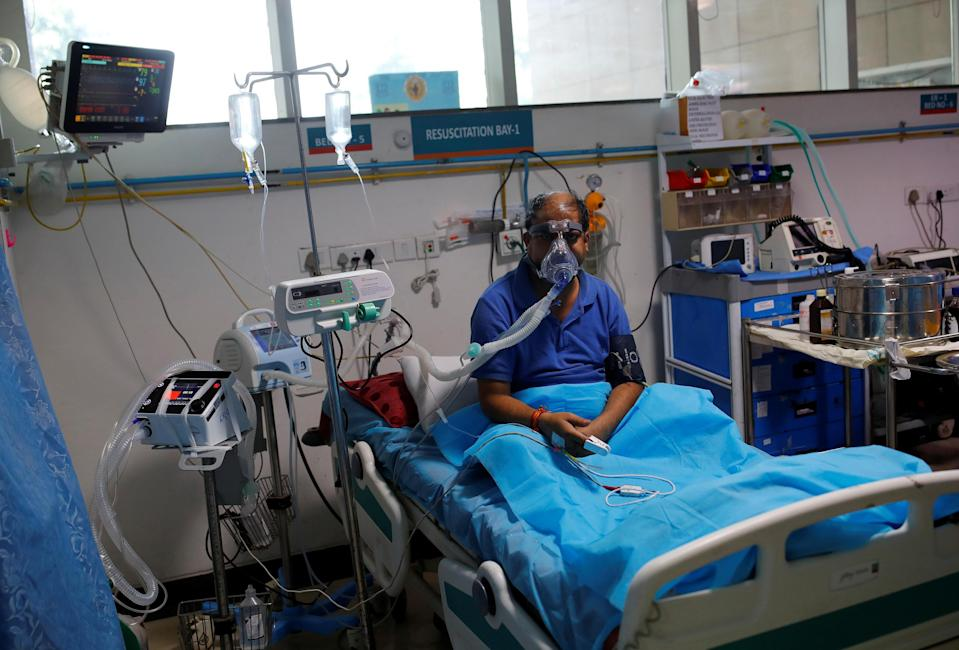 A man suffering from COVID-19 receives treatment inside the emergency room of Safdarjung Hospital in New Delhi, India, on May 7, 2021. / Credit: Adnan Abidi / Reuters