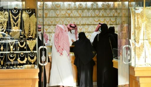 Saudis shop for jewellery at Riyadh's Taiba gold market on Monday, two days ahead of the hike