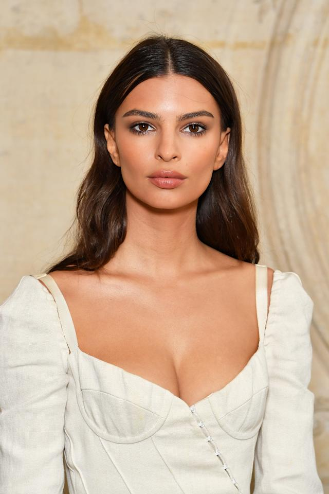 <p>Ratajkowski's bronzey glow at the Christian Dior show in Paris took our breath away. Her simple yet sophisticated makeup and hair accentuated her vintage-inspired ensemble. (Photo: Pascal Le Segretain/Getty Images) </p>