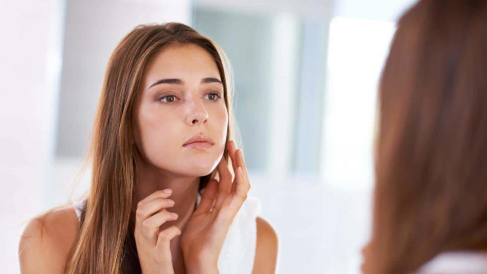 #HealthBytes: Some common causes and symptoms associated with facial swelling