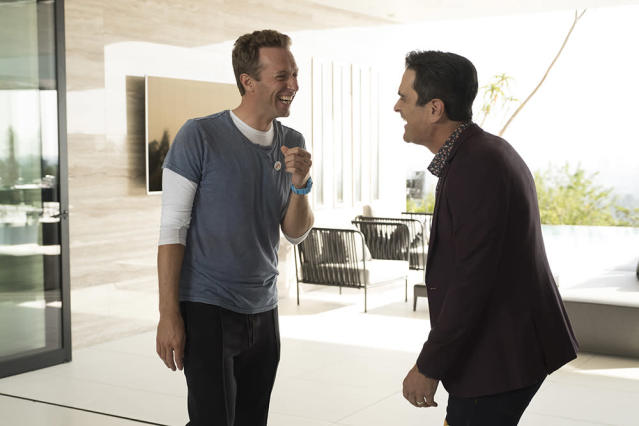 Chris Martin with Ty Burrell on <em>Modern Family</em> (Photo: ABC/John Fleenor)