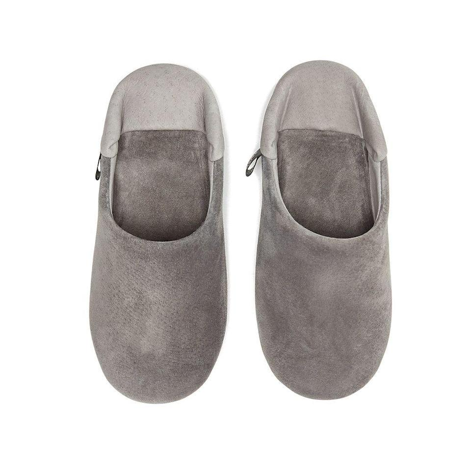"<p><strong>Morihata</strong></p><p>goop.com</p><p><strong>$196.00</strong></p><p><a href=""https://shop.goop.com/shop/products/washable-leather-room-shoes-slippers-unisex?taxon_id=670&country=USA"" rel=""nofollow noopener"" target=""_blank"" data-ylk=""slk:Shop Now"" class=""link rapid-noclick-resp"">Shop Now</a></p><p>Have her step into pillow-like shoes after a long day of supporting the growing weight of her little bundle. Her feet will thank you. </p>"