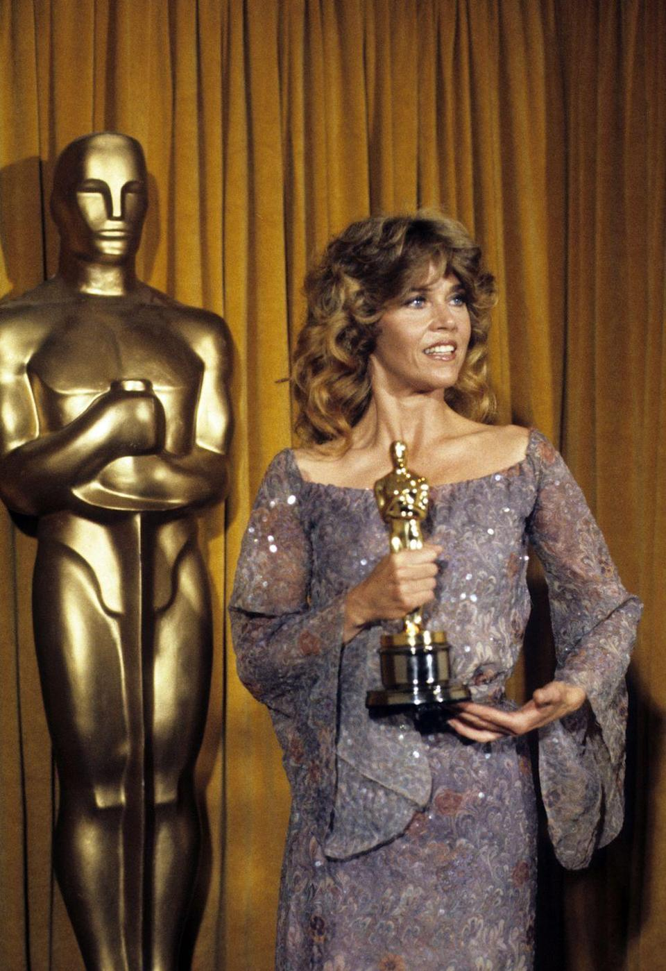 <p>Here, Fonda poses backstage with her Oscar at the 51st annual Academy Awards. She had won Best Actress in a Leading Role for her portrayal of Sally Hyde in Hal Ashby's <em>Coming Home</em>.<br></p>