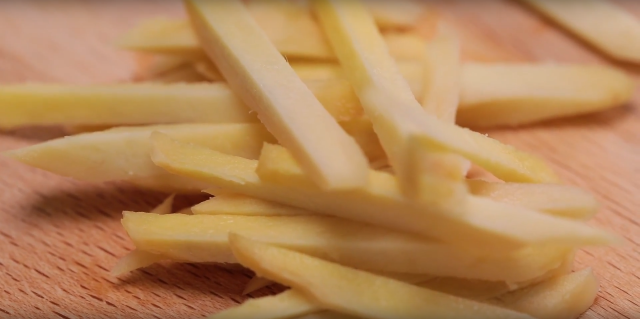 Julienne the ginger into thin strips