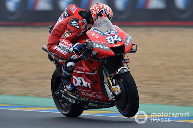 "#04 Andrea Dovizioso (sin los logos de Mission Winnow, con su nombre en el lateral) <span class=""copyright"">Gold and Goose / Motorsport Images</span>"