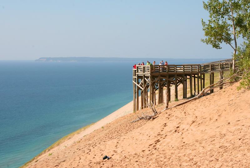 Visitors on #9 Lake Michigan Overlook Observation Deck | Kerry Kelly—NPS