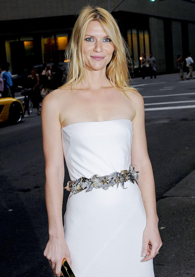 """Claire Danes and Billy Crudup co-starred in the 2004 romantic drama """"Stage Beauty"""" and soon had a little romantic drama of their own brewing. It seems Danes has a knack for finding love in front of the lens -- she's now engaged to """"Evening"""" co-star Hugh Dancy. Ray Tamarra/<a href=""""http://www.gettyimages.com/"""" target=""""new"""">GettyImages.com</a> - July 28, 2009"""